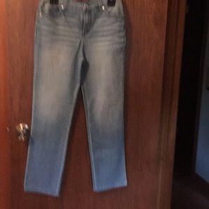 Jeans lightweight 3 toned blue jeans size4 Petite